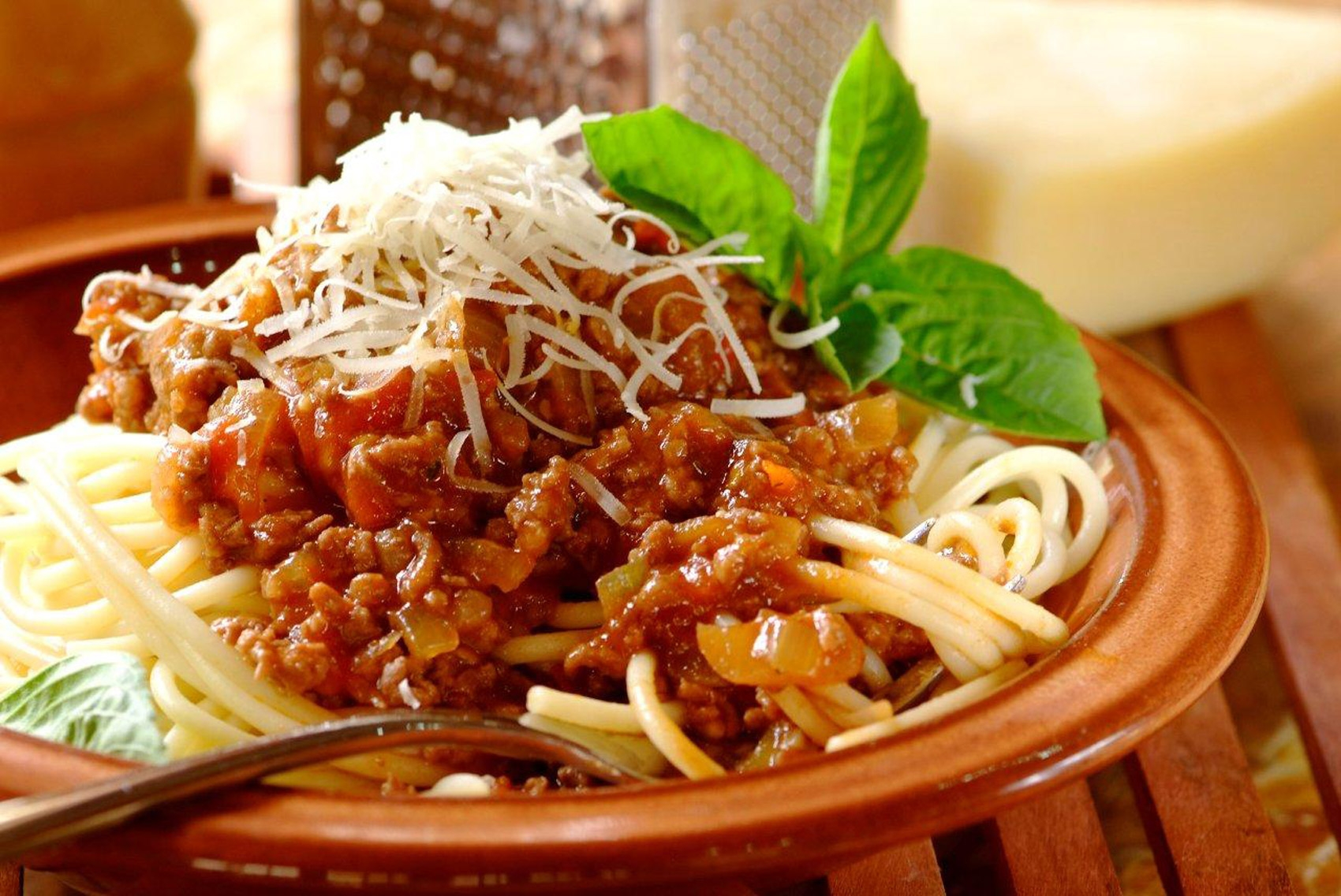how to make spaghetti bolognese sauce jamie oliver